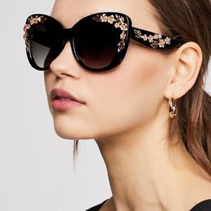 Accessories - Petal Pusher Sunnies SUNGLASSES Embellished NEW